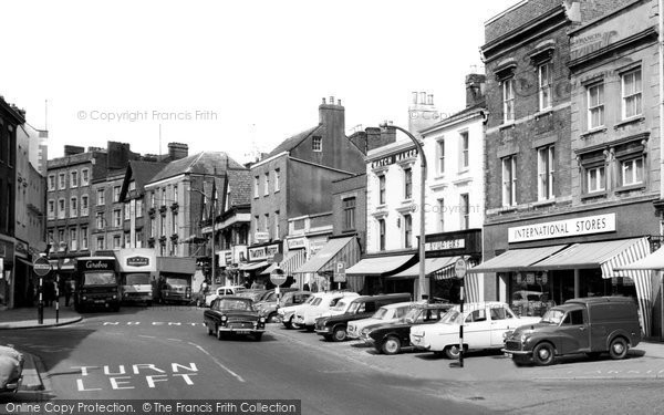 Photo of Banbury, High Street c.1965
