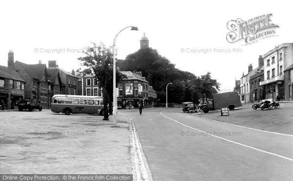 Photo of Banbury, North Bar c.1955
