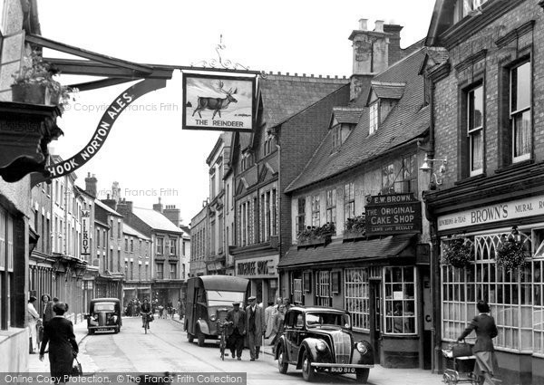 Photo of Banbury, Parson's Street c.1955