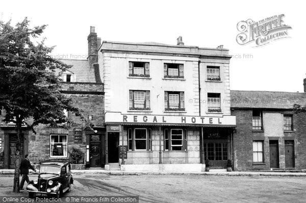 Photo of Banbury, Regal Hotel c.1955
