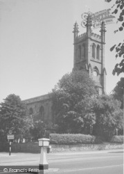 Banbury, St John's Church c.1955