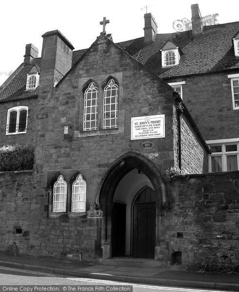 Photo of Banbury, St John's Priory School 2004