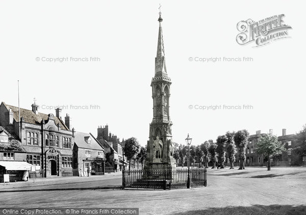 Photo of Banbury, The Cross 1921