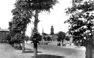 Banbury, The Cross And South Bar 1921