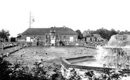 Banbury, the Swimming Pool c1955