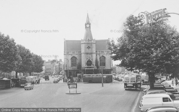 Photo of Banbury, The Town Hall And High Street c.1960