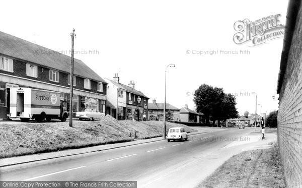 Photo of Banbury, Warwick Road c.1960