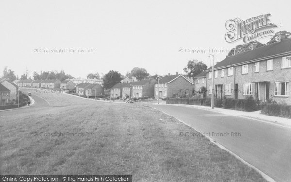 Photo of Banbury, Woodgreen Avenue c.1960