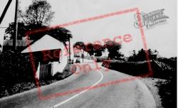 Carmarthen Road c.1955, Bancyfelin