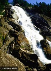 Waterfall 1967, Banff