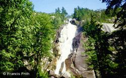 Waterfall 1987, Banff