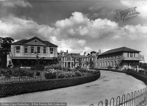 Photo of Bangor, Caernavonshire And Anglesey Infirmary 1940