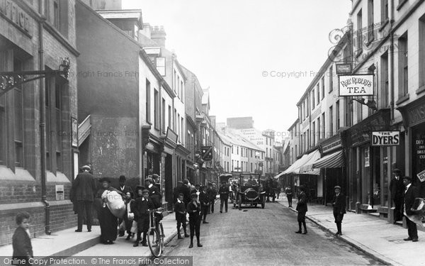 Photo of Bangor, High Street 1908