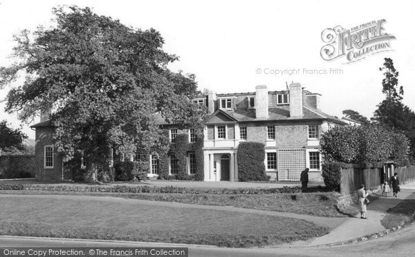 Photo of Banstead, The Council Offices c.1960