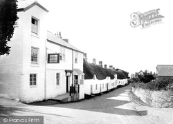 Bantham, Sloop Inn 1924