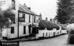 Bantham, The Sloop Inn c.1960