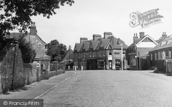 Barcombe, High Street c.1950