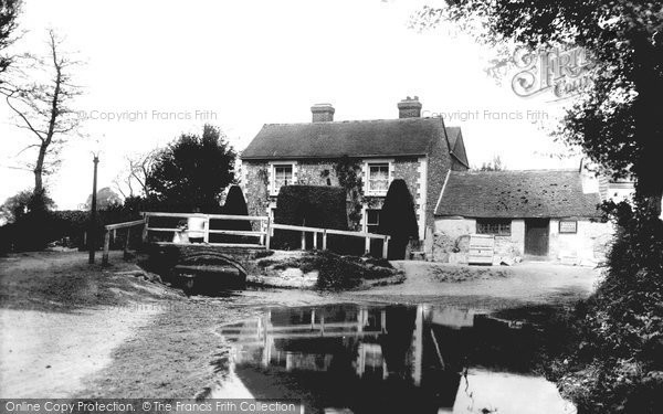 Photo of Barham, Bridge And River Nailbourne 1903