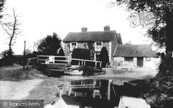 Barham, Bridge And River Nailbourne 1903