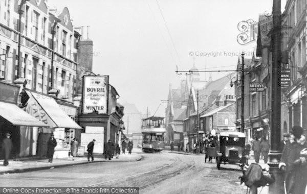Photo of Barking, East Street c.1925