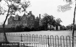 Barking, Eastbury Manor House c.1960