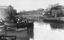 Barking, Town Quay 1907