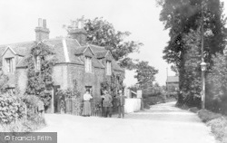 Barking, Upney Lane c.1910