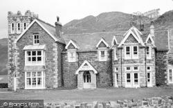 Barmouth, Min-Y-Mor Hotel c.1955