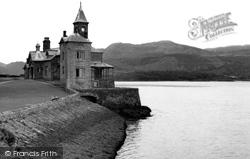 Barmouth, The Clock House (Coes Faen) c.1940
