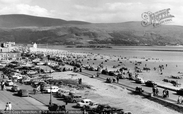 Barmouth, The Promenade And The Beach c.1960