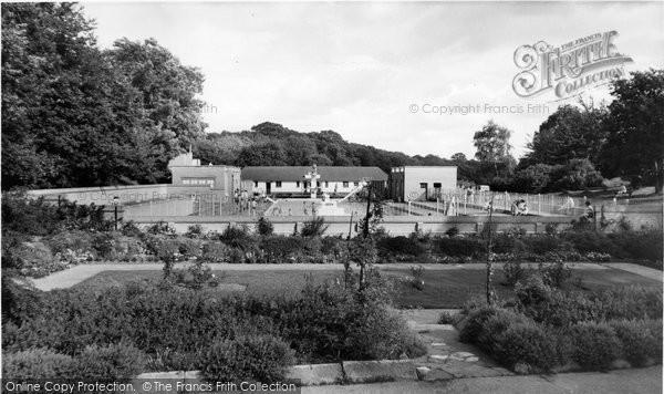 Barnehurst, The Swimming Pool, Martens Grove c.1965