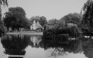 Barnes, The Pond c.1960