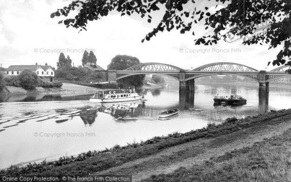 Barnes, The Railway Bridge c.1960