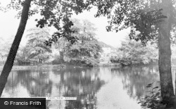 Barnet, Greenhill Park, New Barnet c.1960