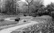 Barnet, Highland Gardens, New Barnet c1960