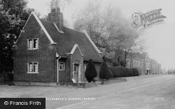 Barnet, Queen Elizabeth's School c.1965
