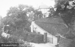 Entrance To Recreation Ground c.1930, Barnoldswick