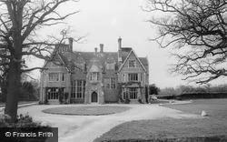 Muntham House School c.1955, Barns Green