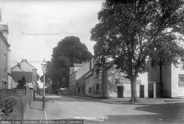 Barnstaple, Newport 1900
