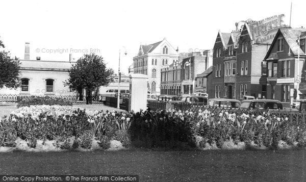 Barnstaple, Queen Anne Gardens c.1950