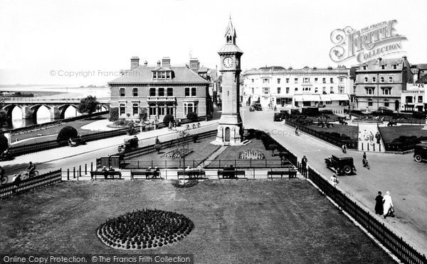 Barnstaple, The Gardens And Square 1935