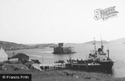 Kismul Castle And Pier 1963, Barra