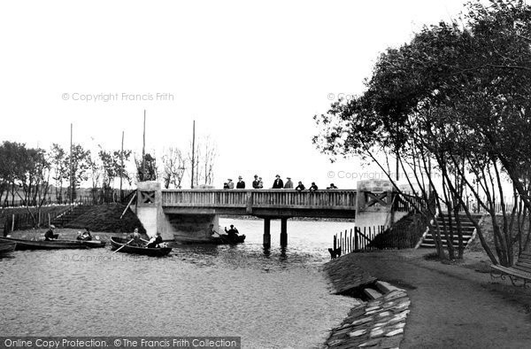 Barrow In Furness, The Park Lake 1924