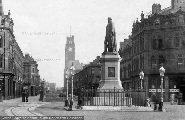 Barrow In Furness, The Statue, Ramsden Square 1893