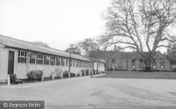 Barrow Upon Soar, The Labatories c.1955
