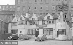 Barrowford, White Bear Inn 1954
