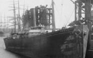 Barry, Docks, A Ship 1899