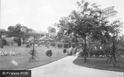 Barry, Romilly Park c.1931