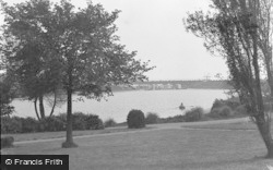 Barry, The Knap, Boating Lake c.1950