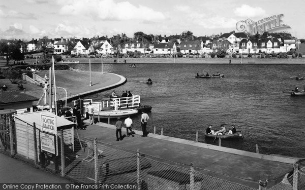 Barry, The Knap, Lake And Gardens 1966